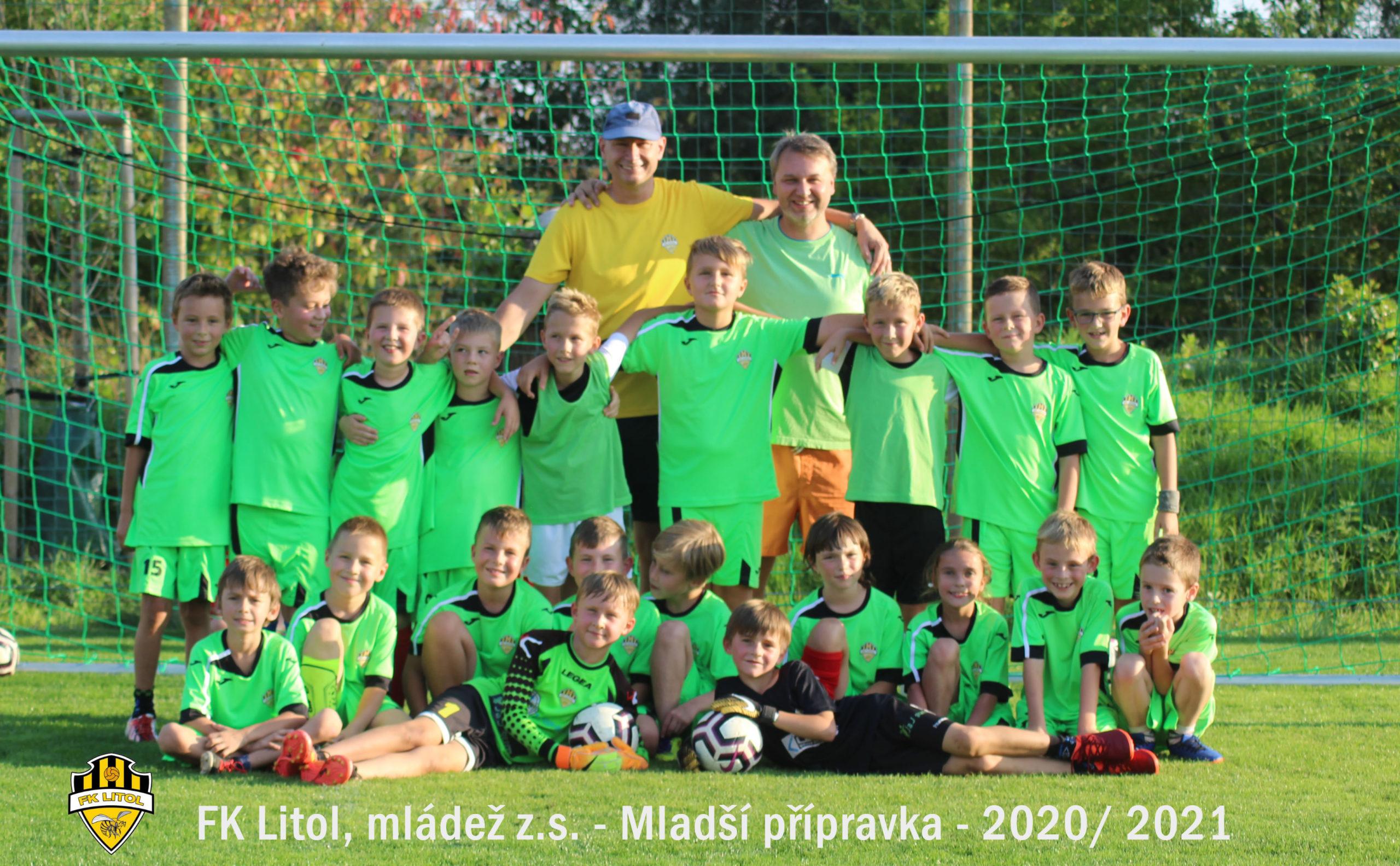 Mladší přípravka- společné foto 9/2020